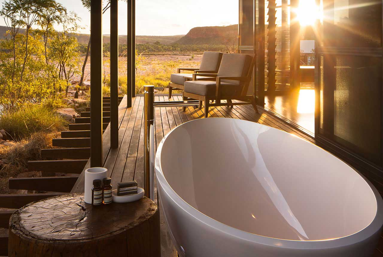 Cliffside Retreat Balcony Bathtub